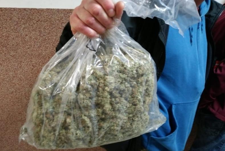 Miał wplecaku 17 tys. porcji narkotyków i500 tabletek ekstazy